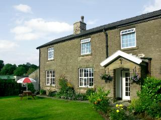 JESSIE'S COTTAGE, family friendly, character holiday cottage, with a garden in Combs, Ref 1487 - Combs vacation rentals
