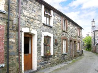 LLONDY, romantic, character holiday cottage, with open fire in Betws-Y-Coed, Ref 955 - Gwynedd- Snowdonia vacation rentals