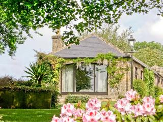 STUBBEN BARN, family friendly, country holiday cottage, with a garden in Handley, Ref 2989 - Derbyshire vacation rentals