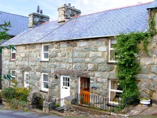 DERLWYN, with a garden in Harlech, Ref 2748 - Harlech vacation rentals