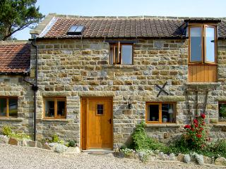 GRANARY COTTAGE, pet friendly, character holiday cottage, with a garden in Staintondale, Ref 1211 - North Yorkshire vacation rentals