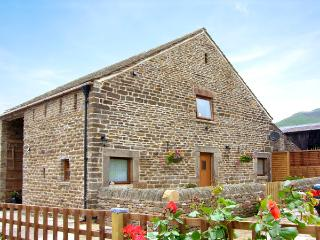MEADOW VIEW, luxury holiday cottage, with a garden in Edale, Ref 2063 - Derbyshire vacation rentals