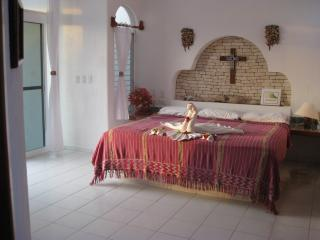 the studio with king bed - Vista del Mar Beachfront Studio for 2 - Akumal - rentals