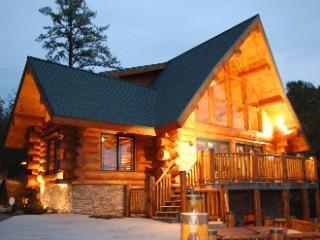 dbr3front - Dancing Bear Retreat Log Cabin - Gatlinburg - rentals