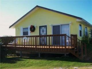 BREEZY HILL GUEST HOUSE and MAIN HOUSE - Great Exuma vacation rentals