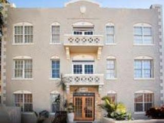 FORTUNA HOUSE   Affordable Downtown Studios - Miami vacation rentals