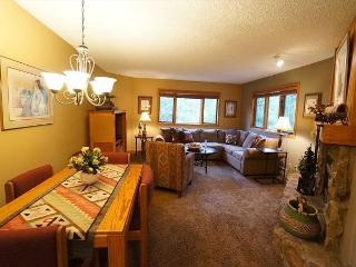 Woods Manor 103A One Bedroom in Four Seasons Area Breckenridge Lodging - Breckenridge vacation rentals