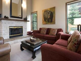 Northern Lights #27 | 3 Bedroom + Den Townhome, Private Hot Tub, Scenic Views - Whistler vacation rentals