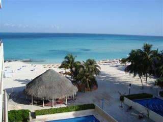 view from the balcony - Upscale oceanfront condo on beautiful Isla Mujeres - Isla Mujeres - rentals
