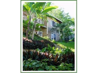Stupendous single unit apartment on the beach - Sandy Bay vacation rentals