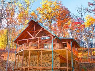2 Bedroom Luxury Gatlinburg Cabin Minutes to Downtown - Gatlinburg vacation rentals