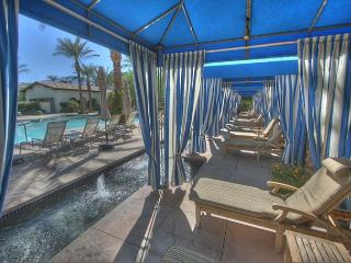 Wonderful 3 Bedroom Downstairs Villa just steps from the Resort Style Pool - La Quinta vacation rentals
