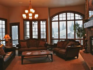 Base Camp 450: Beautiful Base Camp Home Right Below The Trails Of Winter Park Resort - Winter Park vacation rentals