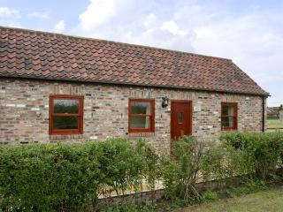 LODGE COTTAGE, romantic, country holiday cottage, with a garden in York, Ref 3584 - York vacation rentals