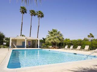 Indian Canyon Townhome / Central Palm Springs - In - Palm Springs vacation rentals
