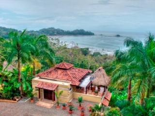 DOMINICAL OCEAN VIEW WALK-TO-BEACH VACATION VILLA - Dominical vacation rentals