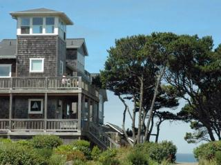 Luna Bella ~Ocean View - Oregon Coast vacation rentals