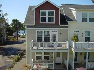 Sea Vue~ Ocean View - Depoe Bay vacation rentals
