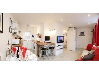 Belfast City Centre Apartment - 4 star 1 bedroom. - Belfast vacation rentals