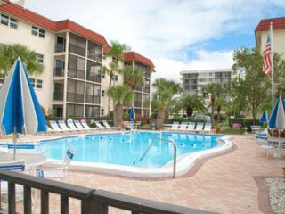 Steps to Siesta Key, FL #1 Beach! - Siesta Key vacation rentals