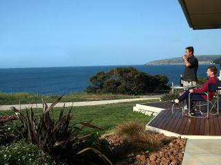 Searenity Holiday Home - Panoramic Sea Views - South Australia vacation rentals