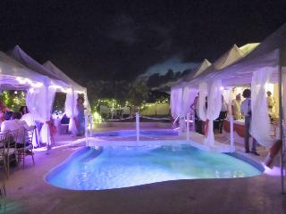 Destination Villa for Barbados weddings,honeymoons - Ragged Point vacation rentals
