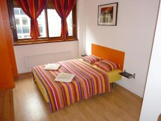 Cute studio rue de Richelieu - apt #592 - Paris vacation rentals