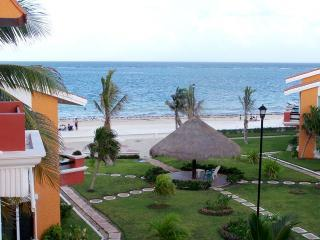 Delightful two bedroom beach condo close to town - Yucatan-Mayan Riviera vacation rentals