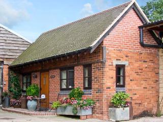 THE DAIRY, romantic, character holiday cottage, with a garden in Leighton, Ref 3700 - Shropshire vacation rentals
