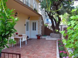 FAILTE (Gaelic for Welcome ) - Peljesac peninsula vacation rentals