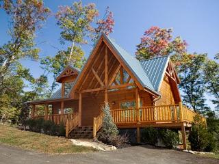 Classic 3 Bedroom Luxury Log Cabin with 3 baths, 3 Kings and Game Room - Gatlinburg vacation rentals