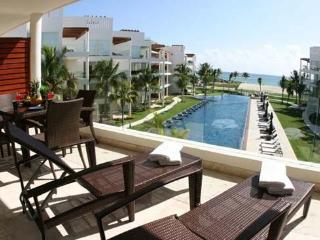 Ideal 2 BR House in Playa del Carmen (The Elements Unit 211 - EL211) - Playa del Carmen vacation rentals