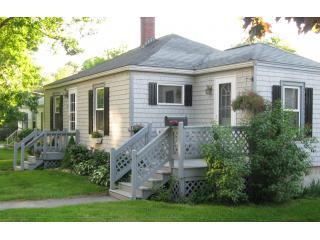Adorable Bungalow at Freeport Village - Freeport vacation rentals