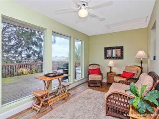 Mad Lar Beach House 4 bedrooms, wifi - Saint Augustine vacation rentals