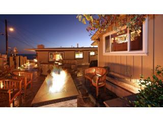 Courtyard with Fire pit - Ocean View!! Luxurious & Opulent Laguna Point Villa ! - Laguna Beach - rentals