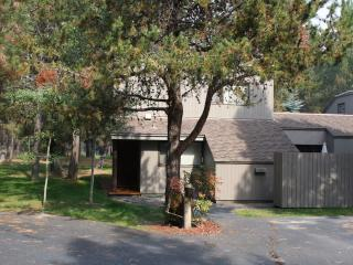 Meadow House 21 - Sunriver vacation rentals