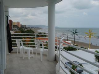 View of bay from balcony - Beachfront Get Away  Tonsupa near Atacames Ecuador - Esmeraldas - rentals