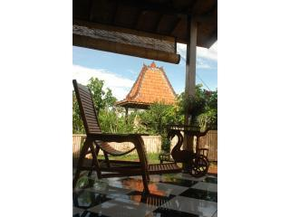 Lotus Limasan - Tranquility on city edge - Ubud vacation rentals