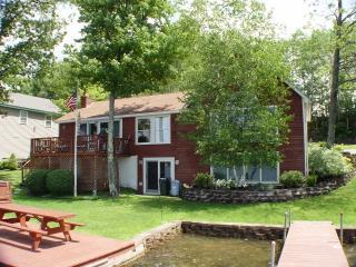 Boat Dock - Contemporary Waterfront on Lake Winnisquam - Belmont - rentals
