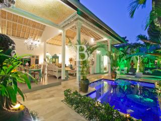 Gorgeous Romantic Luxury Villa near Seminyak Beach - Seminyak vacation rentals