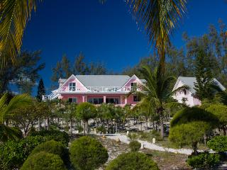Gorgeous Bahamian Villa: Point O' Vue - Winding Bay vacation rentals