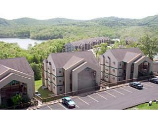 Resort with lake view - Beautiful Branson Condos on Table Rock & near SDC! - Branson - rentals