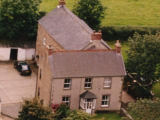 Haroldston Farmhouse for a big family holiday - Haverfordwest vacation rentals