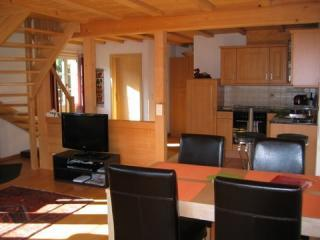 Delightful 4star Chalet Kiwi Apartment Grindelwald - Jungfrau Region vacation rentals