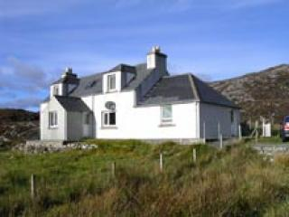 glen house - Harris Holiday Home -Glen Carragrich - Isle of Harris - rentals