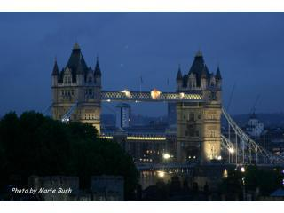 The view of Tower Bridge from my roof at dusk. This photo was taken by a recent guest. - TrinitySquare Flat, Named 2012 Top Vacation Rental - London - rentals