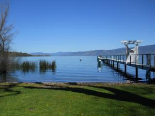 2-Gorgeous 1bd/1ba Cottages Lakefront on Soda Bay - California Wine Country vacation rentals