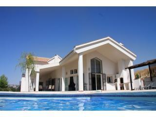 Villa Casa Sonana, near Ronda - a Luxury Villa. - Ronda vacation rentals