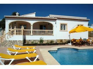 Villa Sonata Jávea, air-con, pretty garden & pool - Alicante Province vacation rentals