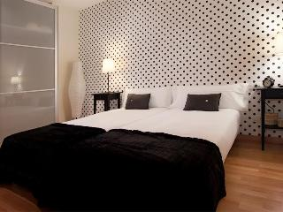BWH  Park Güell  Great Duplex  Apartment - Barcelona vacation rentals